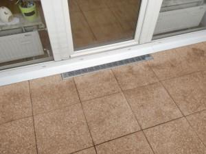 Terrassenplatten aus Beton auf Stelzlagern