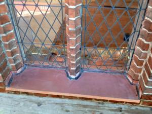 Kirchenfensterbank mit Kupfer